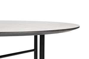 TRAVERSA Dining table