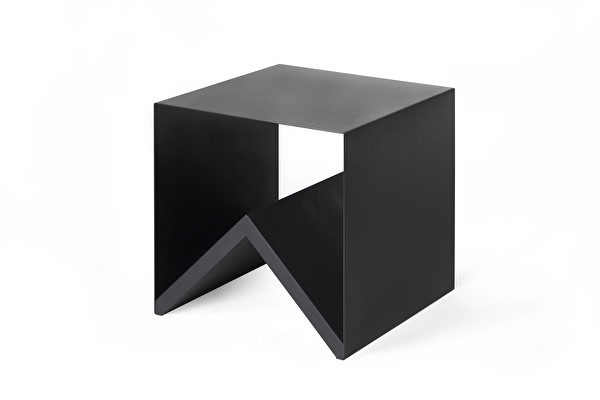 Table Kris
